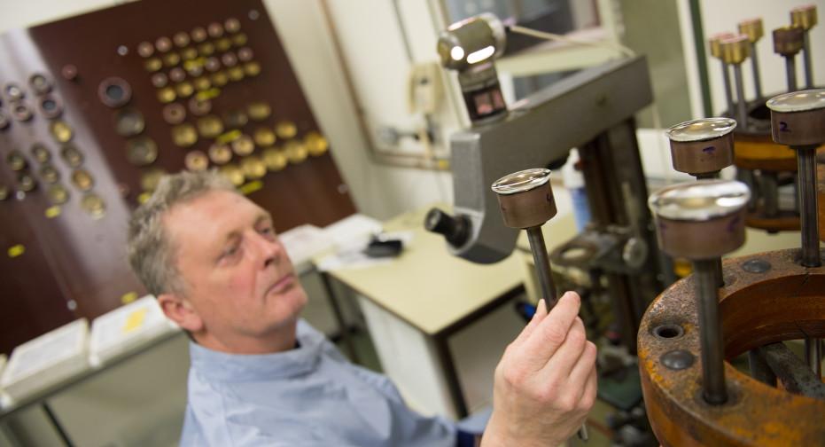 Cooke Lenses Manufacturing